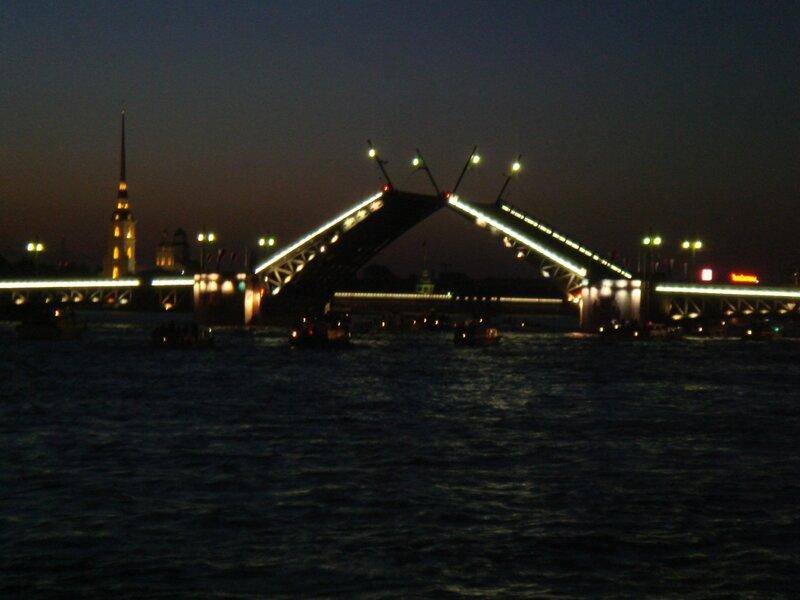 Загрузка  развод дворцового моста - продолжительность: сергей павлов 2 просмотр.