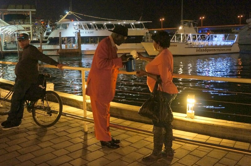 Ищу гея афроамериканца в москве на ночь фото 767-361