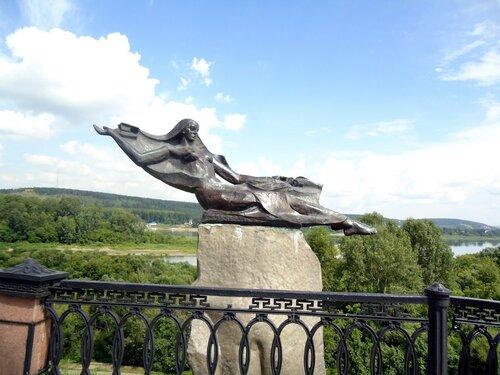 г. Кемерово. Скульптура на набережной