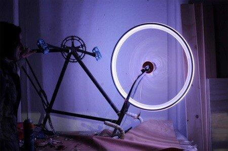 Темнота - не друг для велосипедистов 0_6a9c1_31a22a9_L