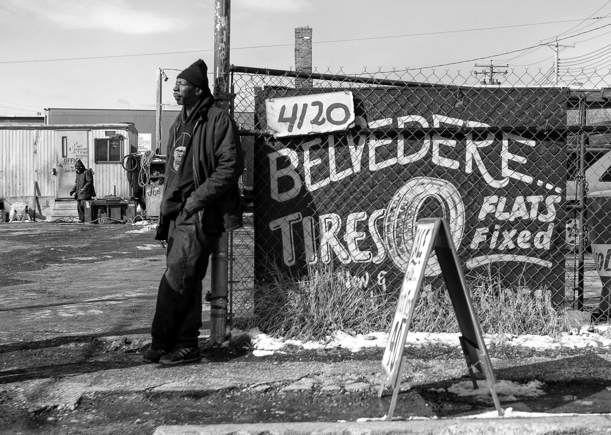 Неулыбчивая Америка: Черно-белая жизнь в бедных кварталах современного Балтимора (8)