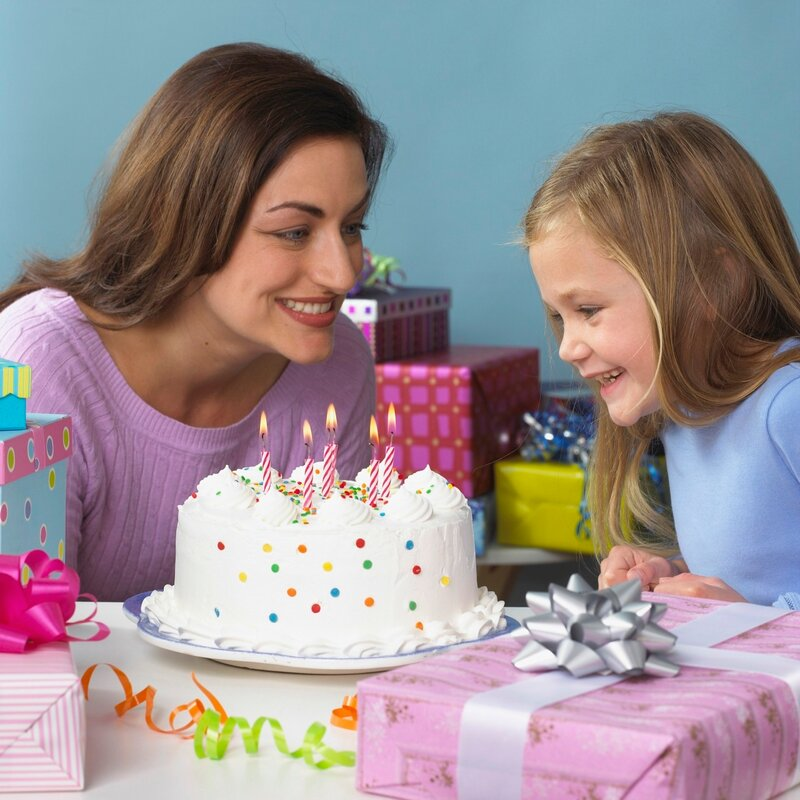 Как же выбрать подарок своему ребенку и не навредить ему. Сегодня на