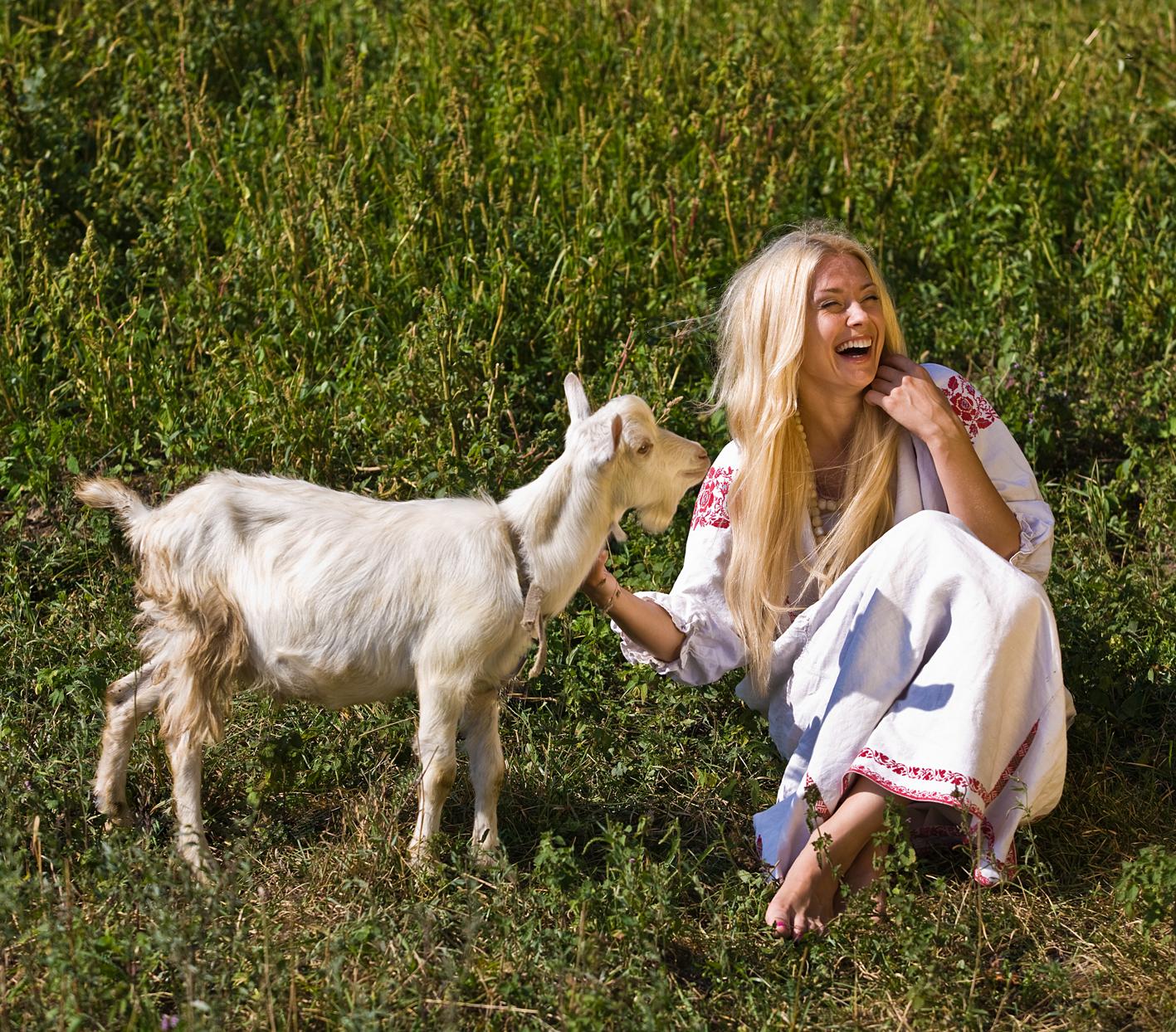всего коза на фотосессию плотные