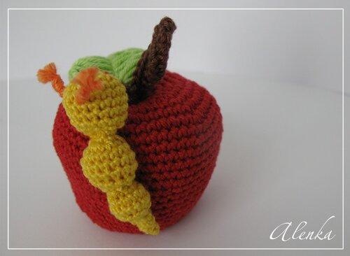 Вязание крючком яблочки 8
