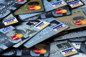 Молдавские банки испытывают проблемы с пластиковыми картами