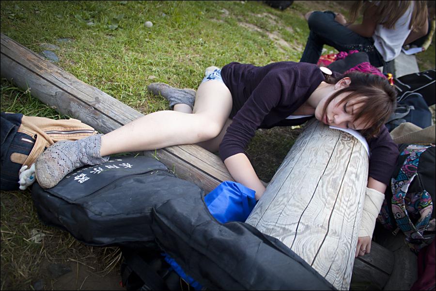 девочка спит и его трахнут
