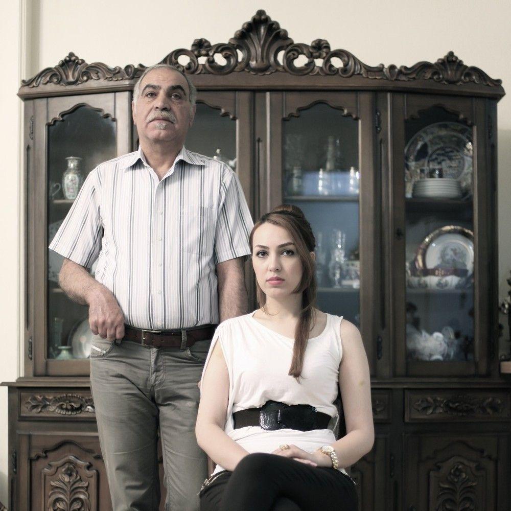 7. Отец Катаюн — военный на пенсии. «Мои друзья считают, что он слишком много обо мне беспокоится, н
