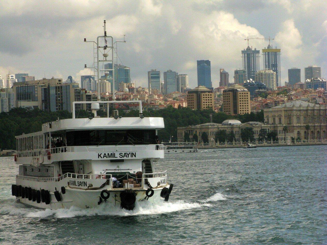 Стамбул -город контрастов. Автор фото: Станислав Кривошеев