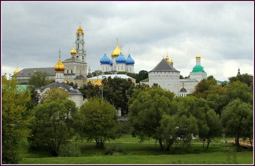 Свято Троицкая Сергиева Лавра.