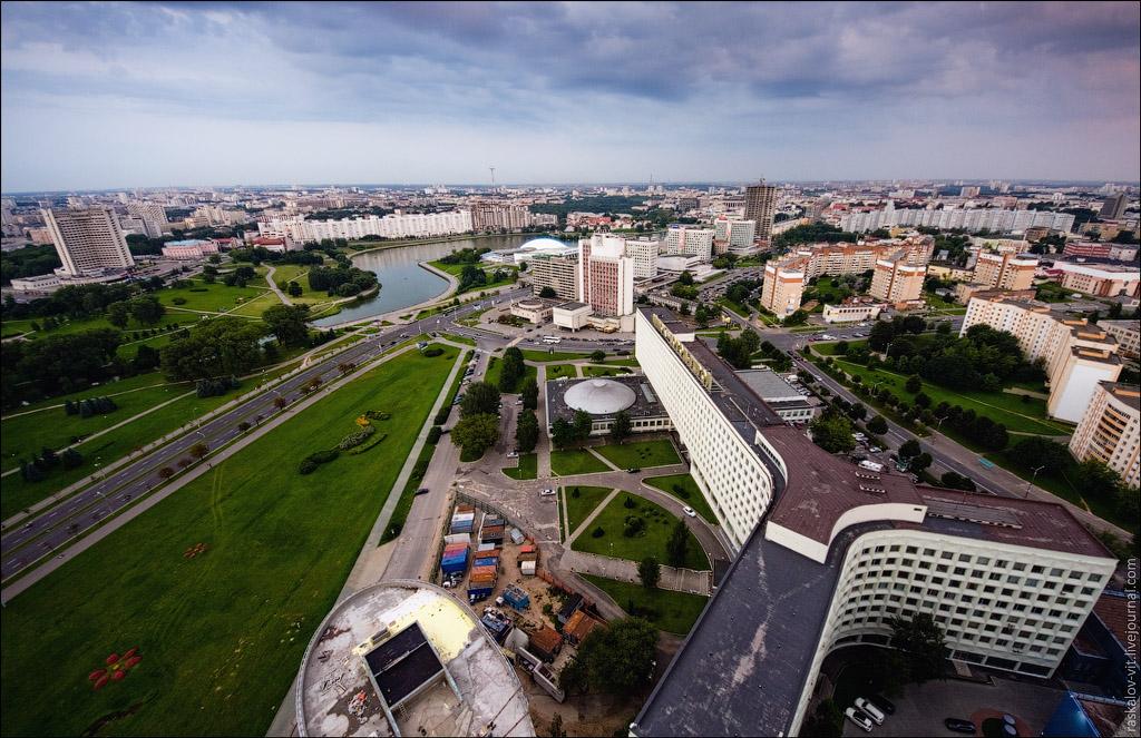 Это пожалуй самое высокое здание Минска