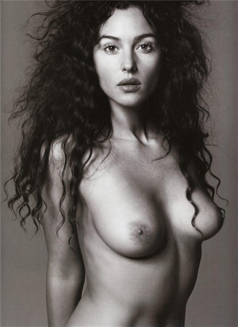 модель Моника Беллуччи / Monica Bellucci, фотограф Richard Avedon