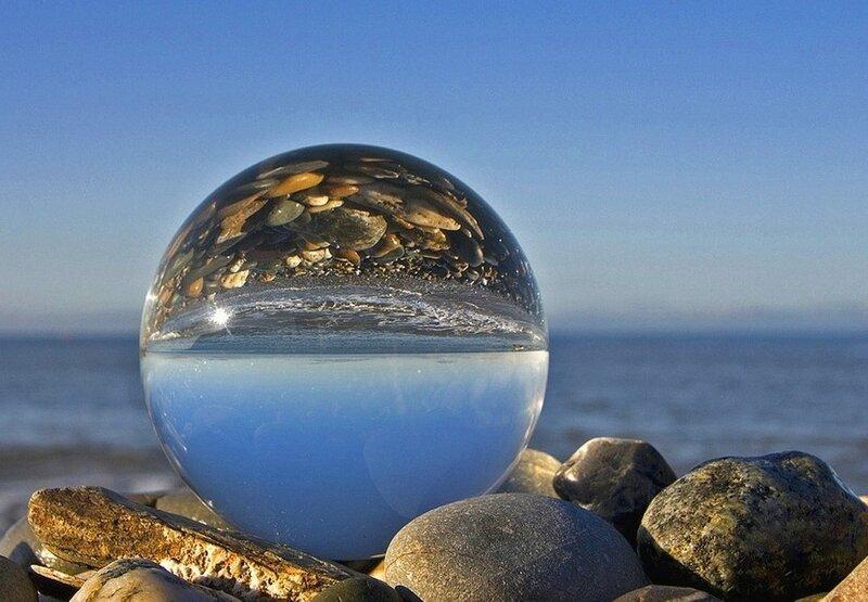 Море в отражении **