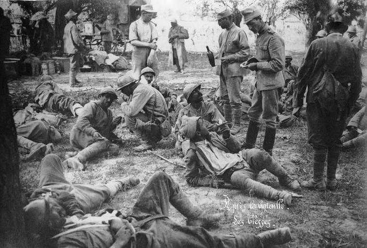 romanian-men-soldiers-resting-first-world-war-romania.jpg