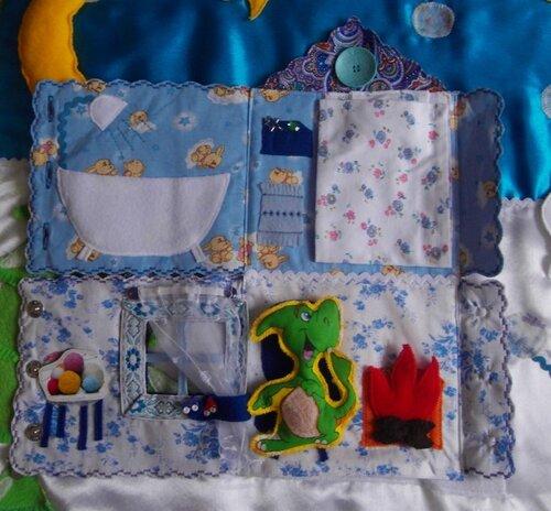 Развивающий коврик для детей и активные элементы... Волшебный Домик Зимы!