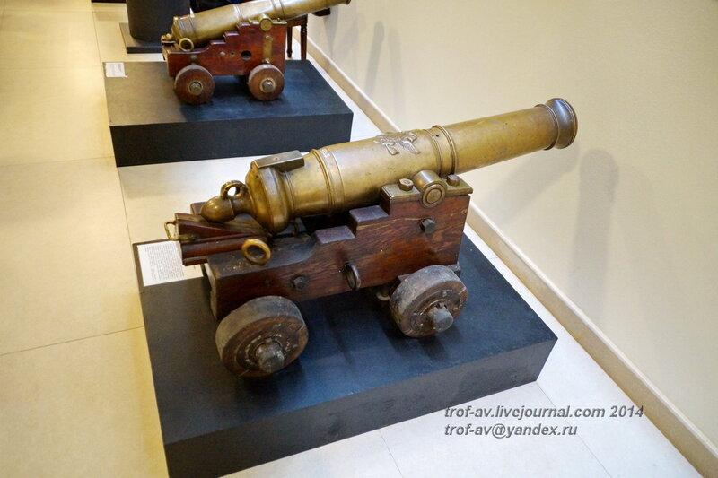 Пушка-единорог 4-фунтового калибра, 18 век, Центральный военно-морской музей, Санкт-Петербург