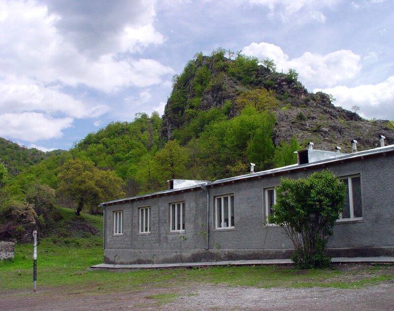 Сельская школа, деревня Нор Геташен