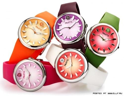 Разноцветная коллекция часов от Philip Stein (5 фото)