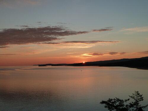 Солнце встает а Байкале