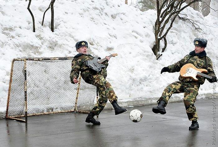Soldiers at War. Солдатские будни