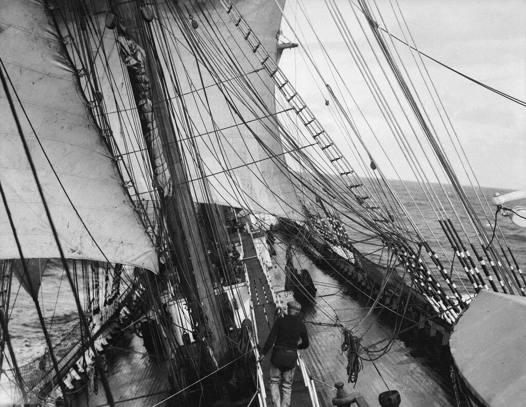 The main deck looking forward, 1932–3