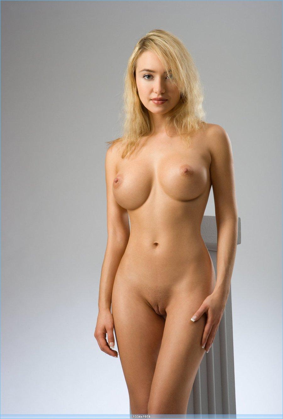порно с украинскими девушками фото домашнее любительское