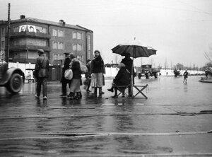 15. Москва. Уличная сцена