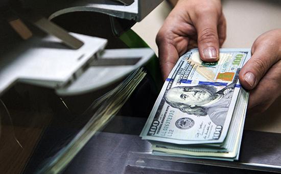 В России ввели новые правила приобретения валюты