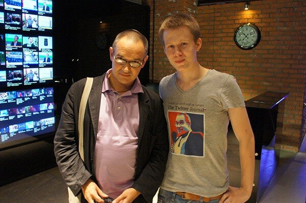 Антон Борисович Носик, в Твиттере @dolboed и Никита Лихачев, в Твиттере @Niketas