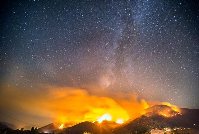Неистовость и красота дикого огня… Фотографии с длинной выдержкой Стюарта Пелли (Stuart Palley)