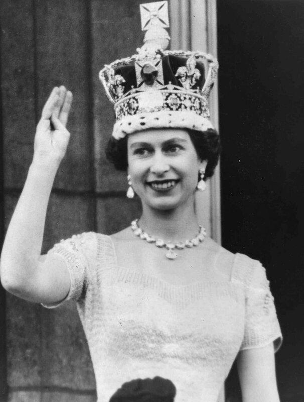 Елизавета II после коронации в 1953 году