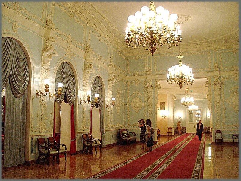 Колонный зал Дома союзов - старейший концертный зал Москвы.  Построен в 1784—90-х гг. (архитектор М. Ф. Казаков) как...