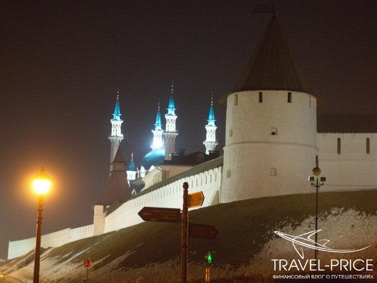 Казанский кремль ночью