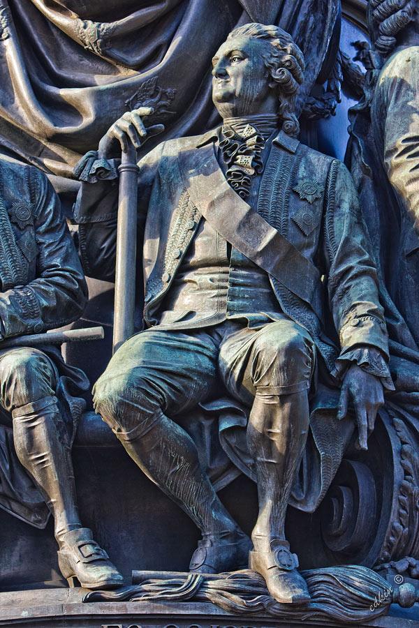 Санкт-Петербург, памятник Екатерине II, фрагмент