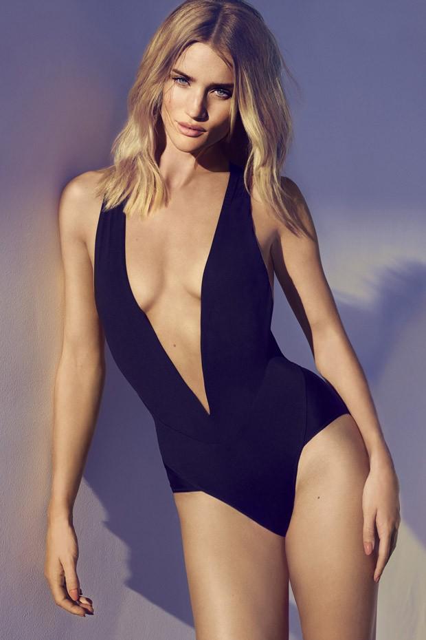 Rozi-Xantington-Uajtli-Rosie-Huntington-Whiteley-v-zhurnale-American-Harpers-Bazaar-7-foto