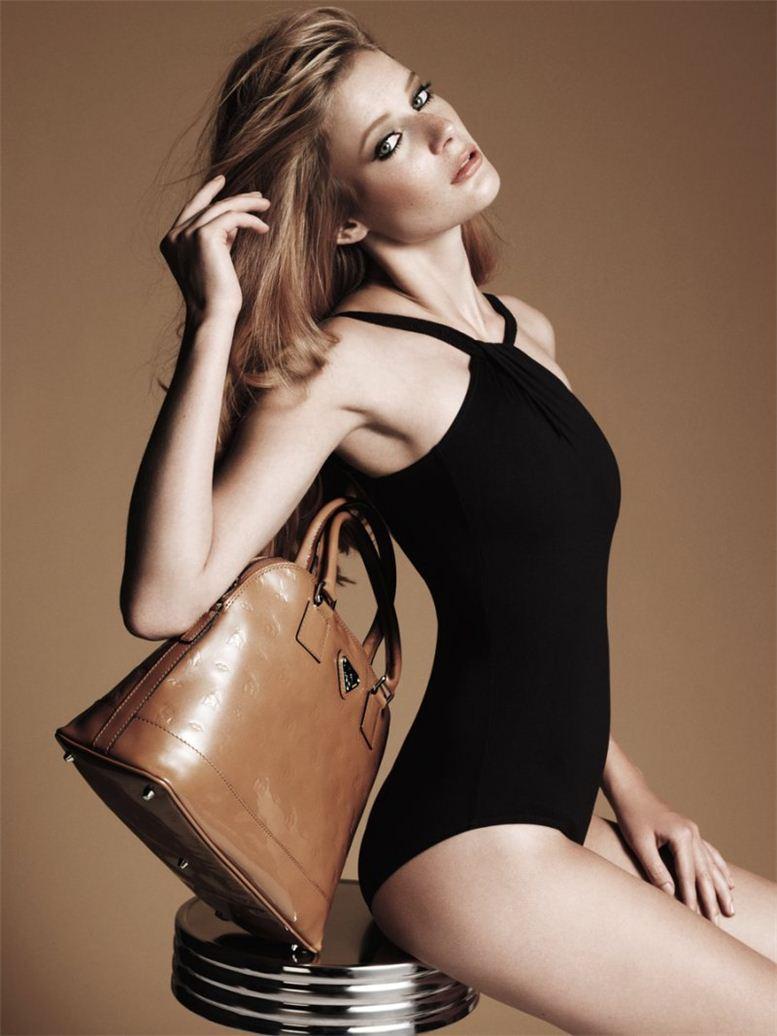 модель Леона Сигрист / Leona Siegrist, фотограф Nadine Ottawa