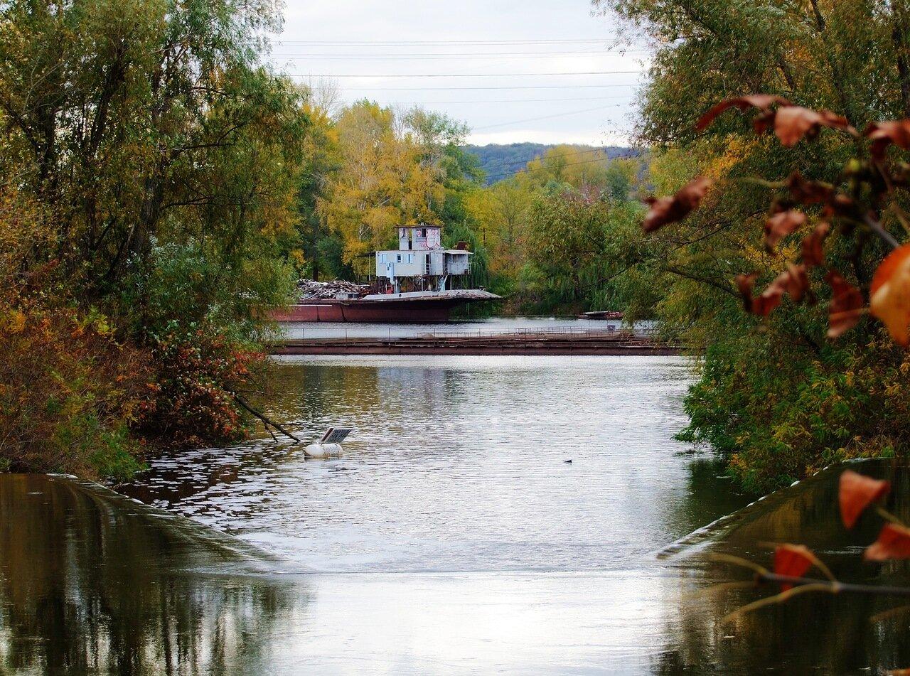 Сток воды после канала в Днепр