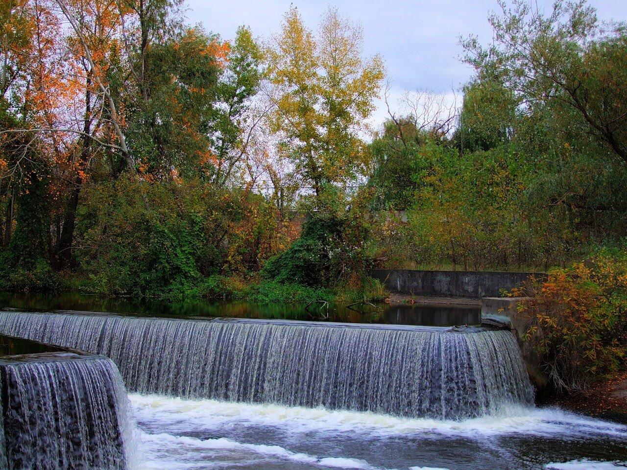Искуственный водопад