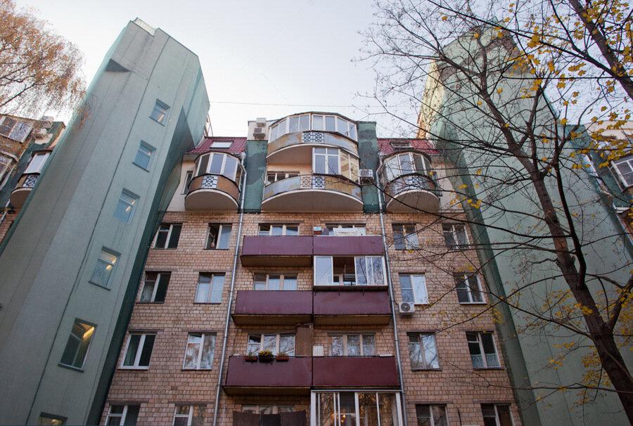 Ekspoziciya: не сносимые серии домов.