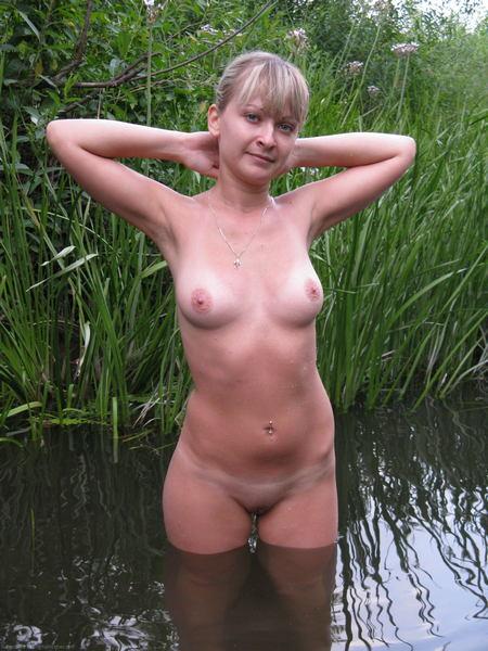 Голышом из ванной онлайн смотреть онлайн фотоография