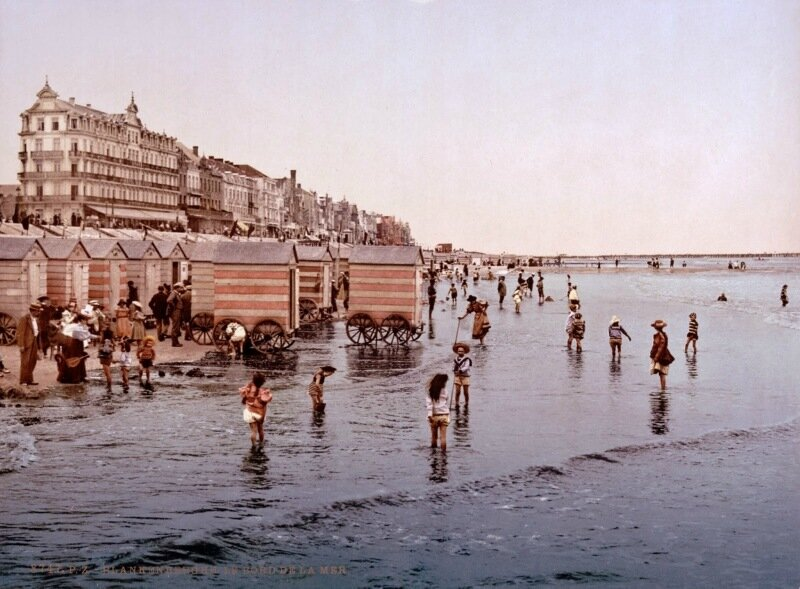 The beach and the sea, Blankenberghe, Belgium, ca. 1890-1900.jpg