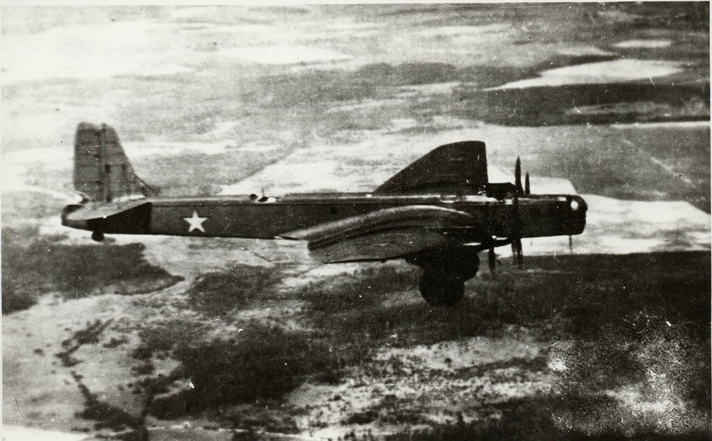 ТБ-3 в полете.jpg