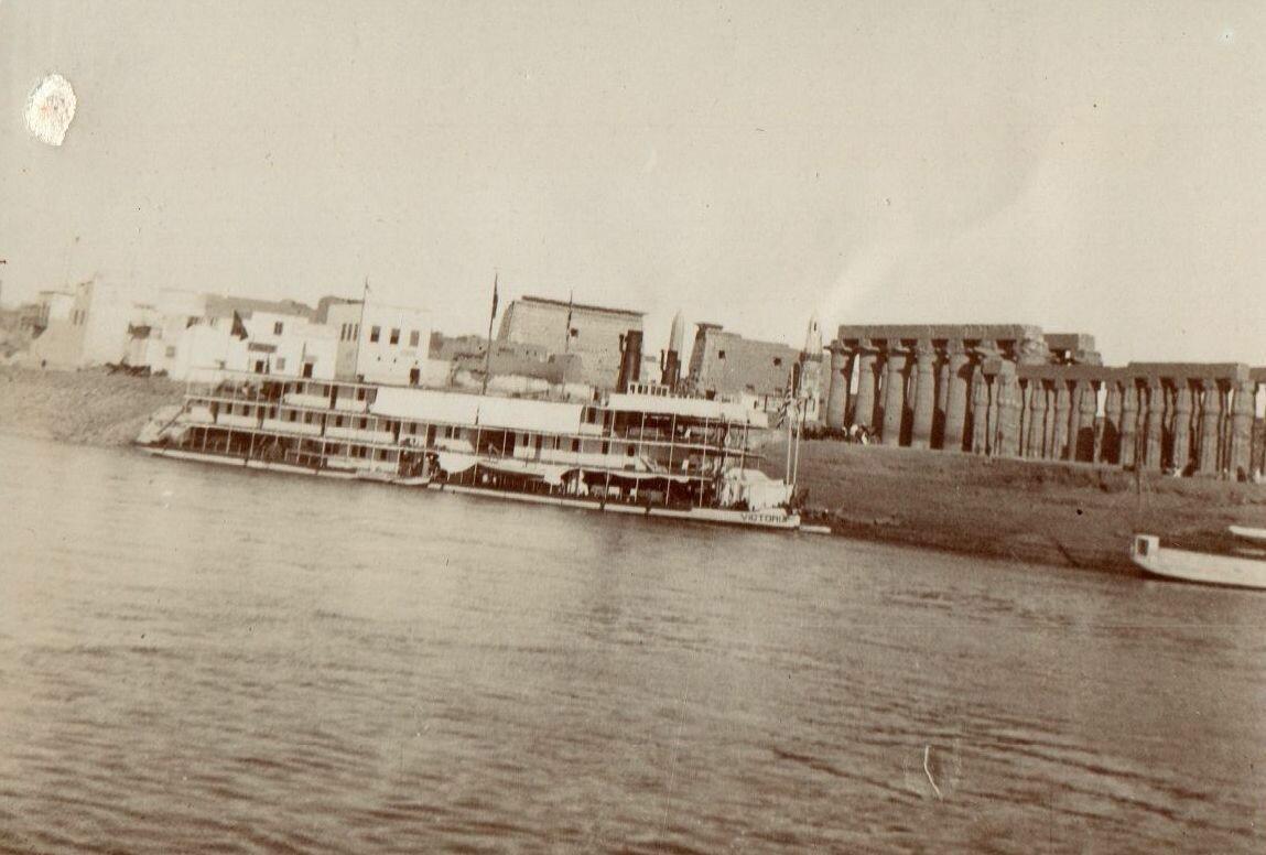 Луксор. Общий вид. 1900