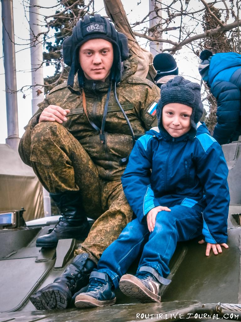 23 февраля, Севастополь, площадь Нахимова