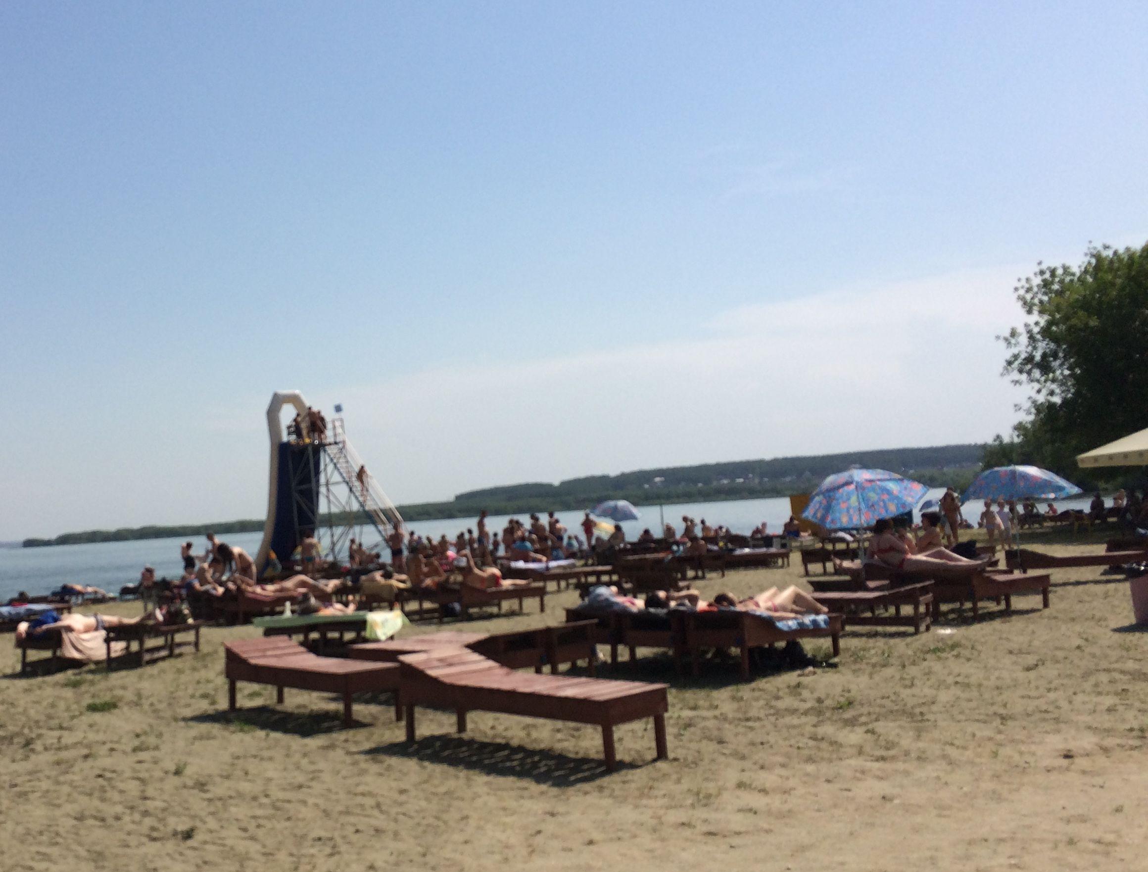 Горка наШершнёвском пляже «Белый парус» (22.06.2015)