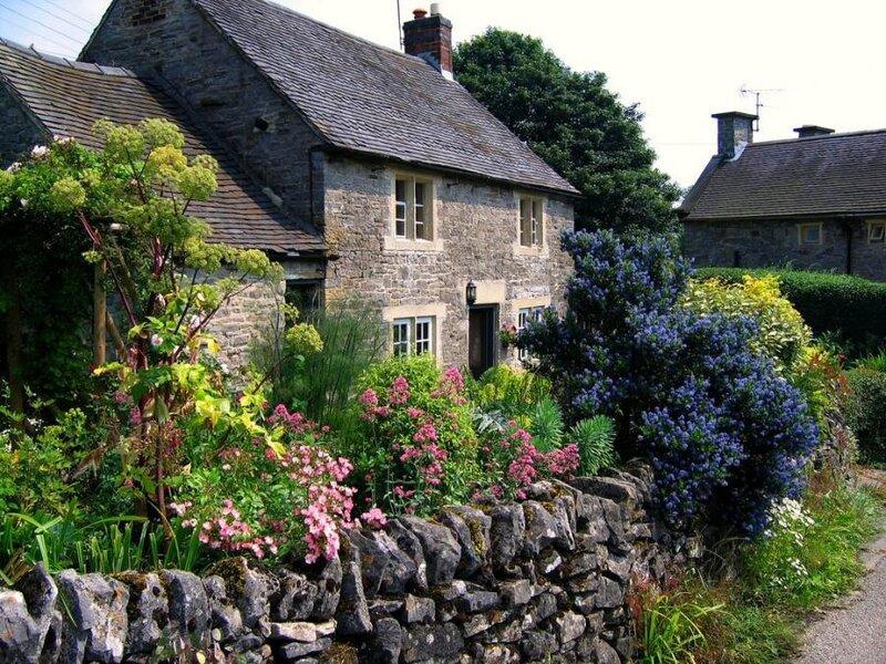 cottage - derbyshire - england.jpg