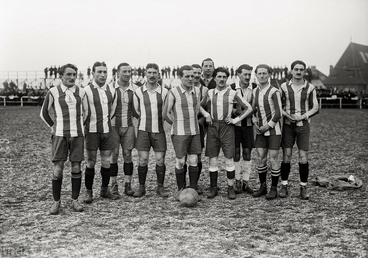 1920. «Ред Стар Амикал» Сент-Уэн