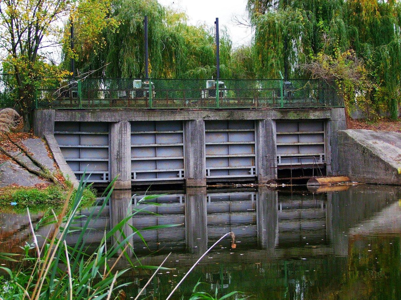 Плотина на канале ТЭЦ-5