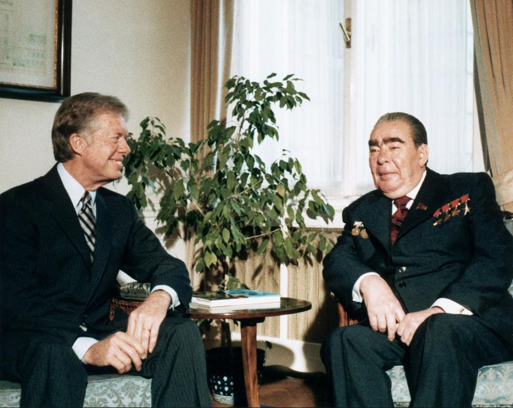 Джимми Картер и Леонид Брежнев во время переговоров об ограничении стратегических вооружений. Вена, 18 июня 1979 года