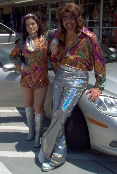 одежда в стиле диско Желание выделиться из толпы всегда было присуще...