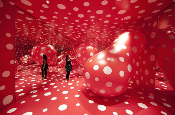 Yayoi Kusama - королева азиатского авангардного искусства